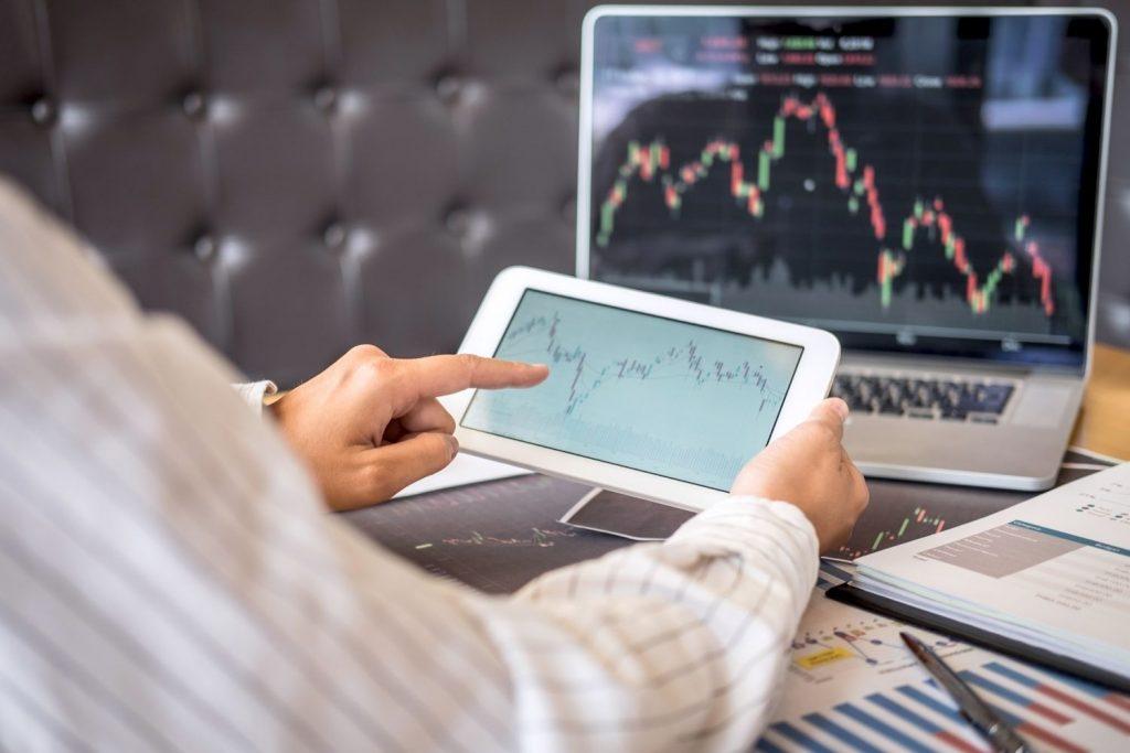 trade-stock-options